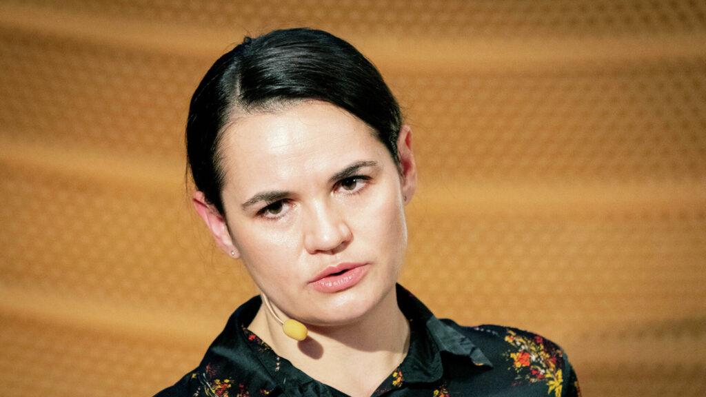Тихановская обещает новую волну протестов в Беларуси