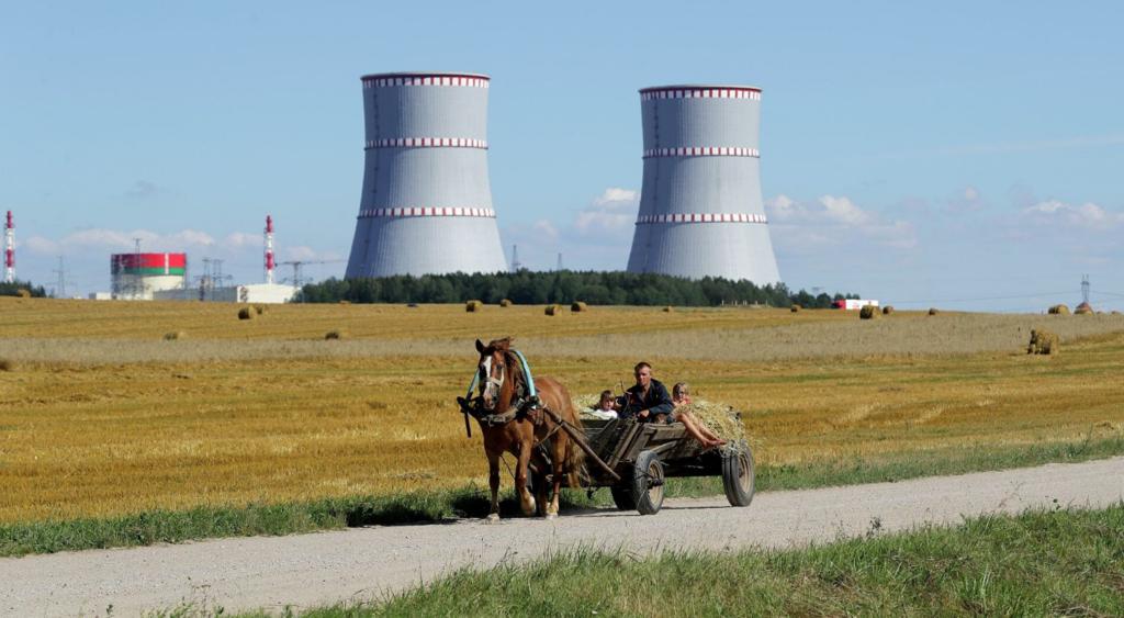 Литва продолжает портить отношения со своими союзниками, терроризируя соседей по поводу бойкота БелАЭС