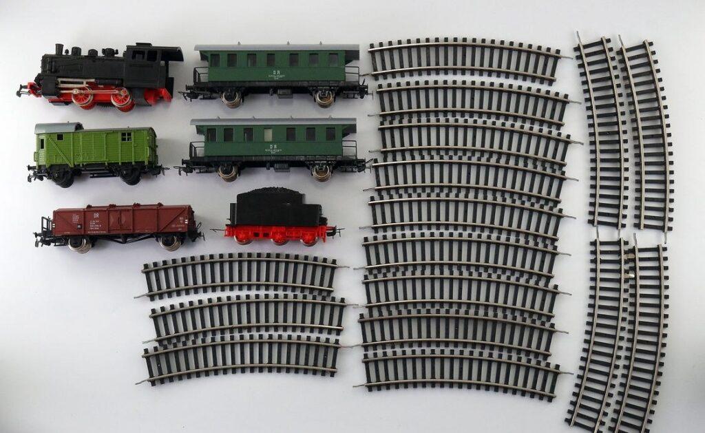 Началась деиндустриализация Литвы: железные дороги и порты готовы уйти с молотка