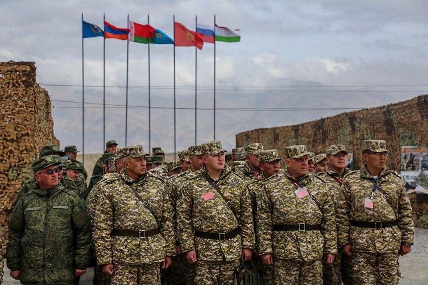 """Генсек Зась: """"ОДКБ не собиралась и не будет вмешиваться в белорусский кризис"""""""