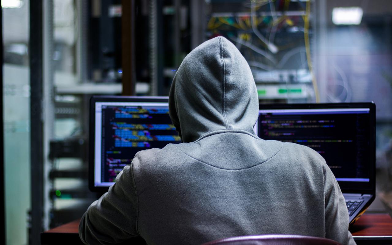 Хакеры Anonymous рассекретили прямое влияние Британии на оппозиционные СМИ в России