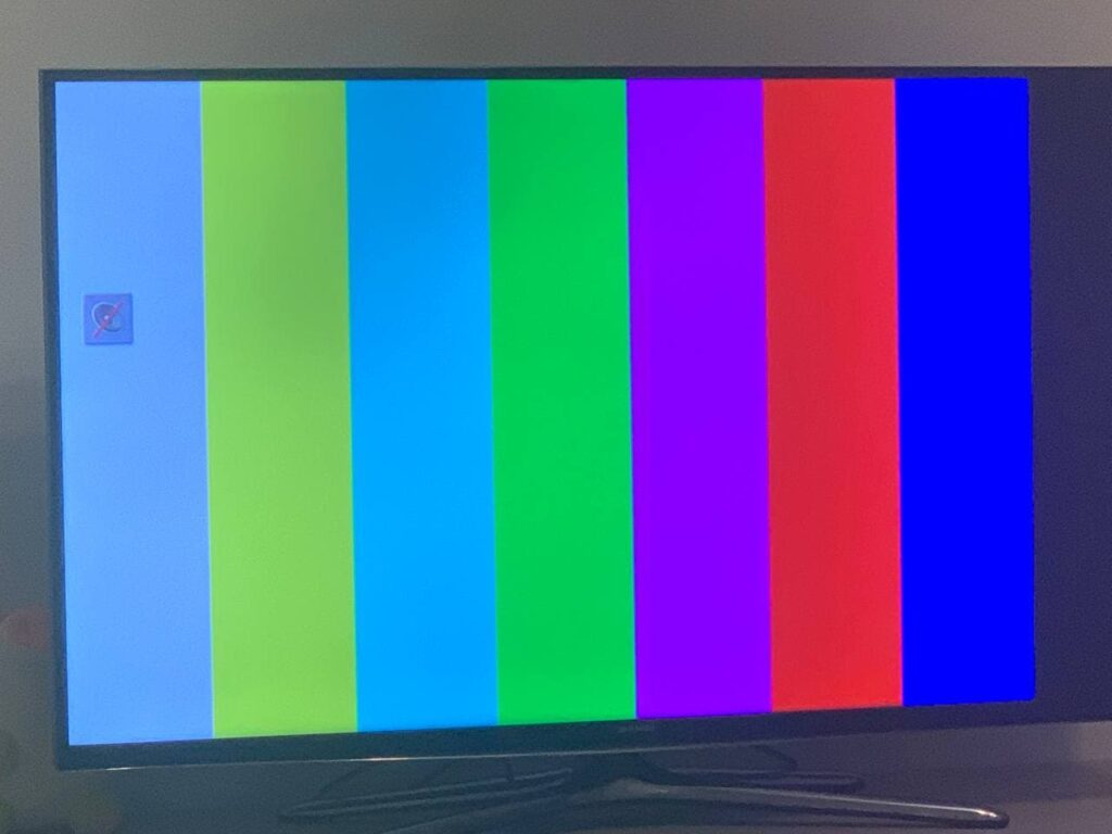 """Под прикрытием """"российской агрессии"""": Украина и Прибалтика решили зачистить телеэфир от оппозиции"""