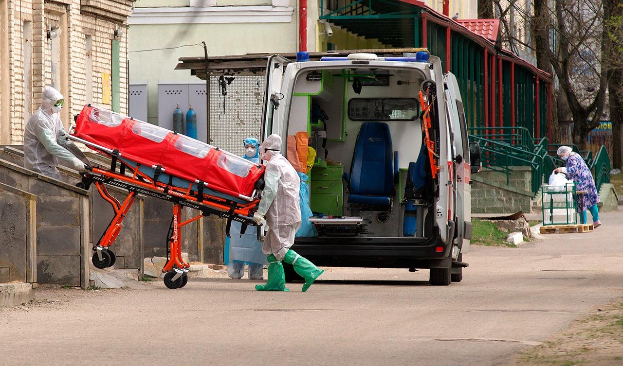 В Беларуси за сутки плюс 1 329 человек заразились COVID-19