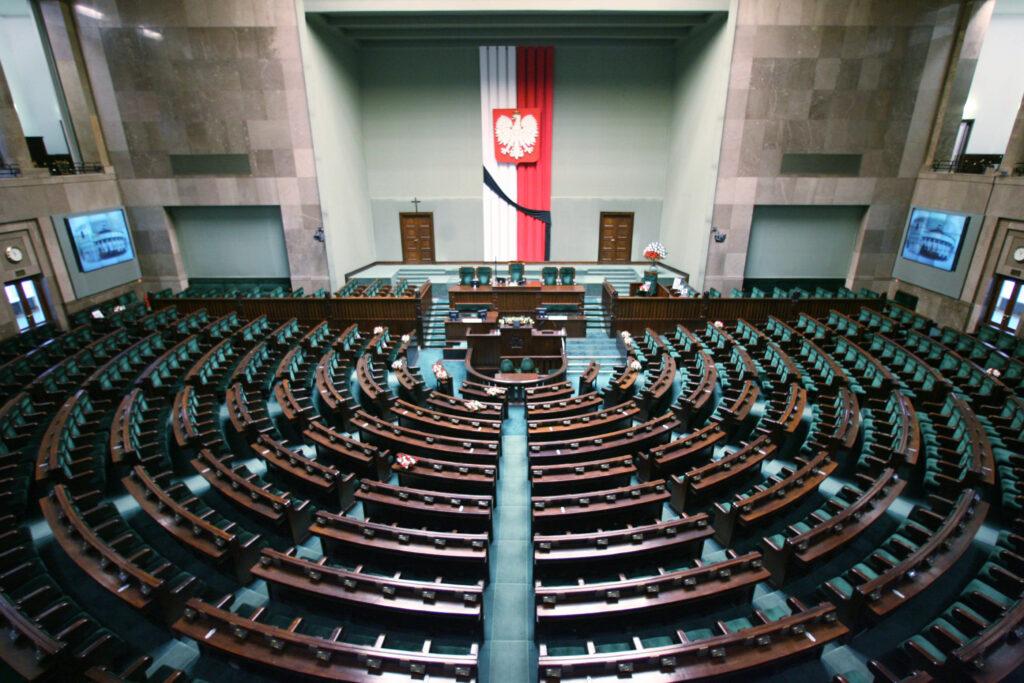Опрос польского института общественного мнения показал опасную для Варшавы тенденцию