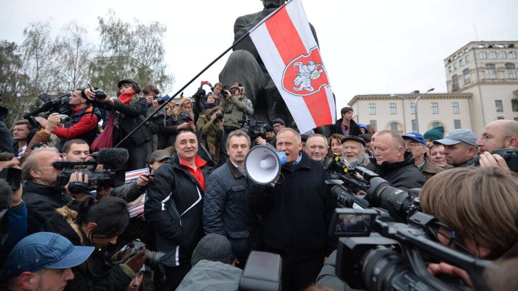 Белорусская оппозиция выбирает для нашей страны украинский сценарий