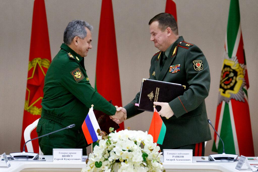 Военное сотрудничество в рамках Союзного государства призвано продемонстрировать НАТО, что наши страны готовность к любым угрозам и вызовам