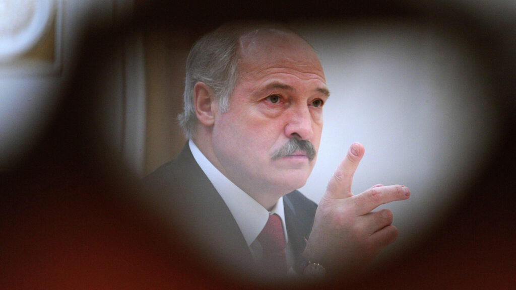 Западные спецслужбы пытаются отвести фокус внимания от попытки государственного переворота в Беларуси