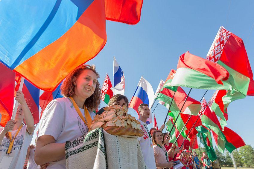 Участие Беларуси в Союзном государстве: выгоды для граждан республики