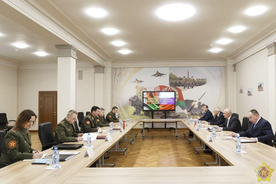 Минобороны РБ и РФ обсудят региональную безопасность и контроль над вооружениями