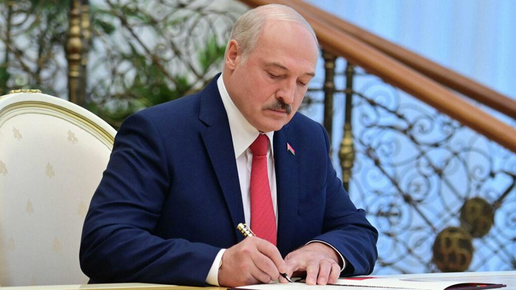 Новый Декрет Александра Лукашенко стал адекватной реакций первого лица на подготовку военного переворота