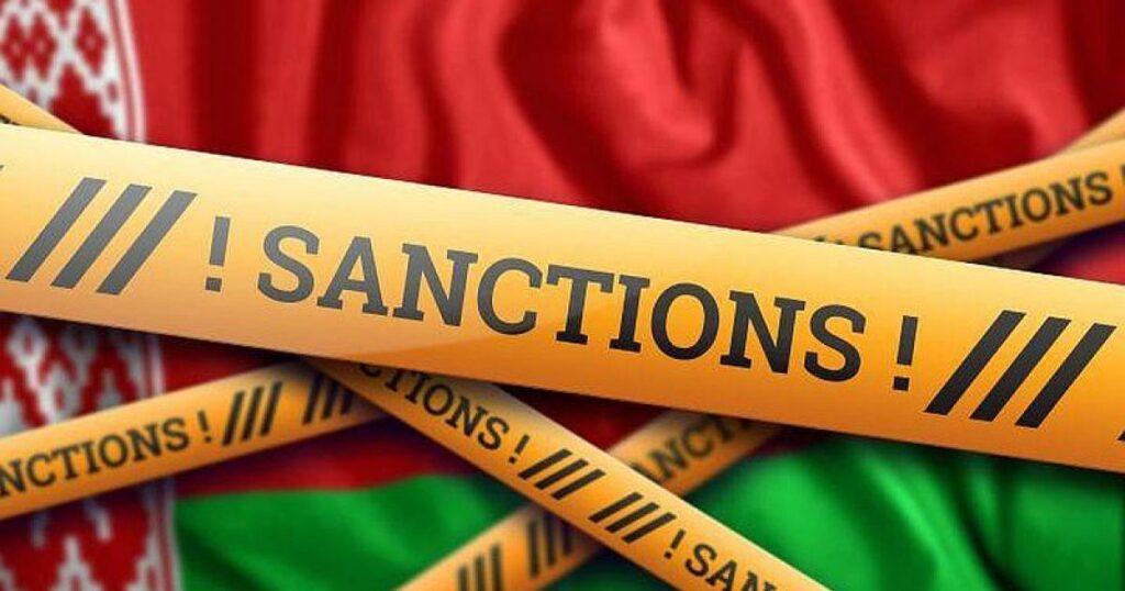 Потакание западным требованиям не поможет добиться отмены санкций