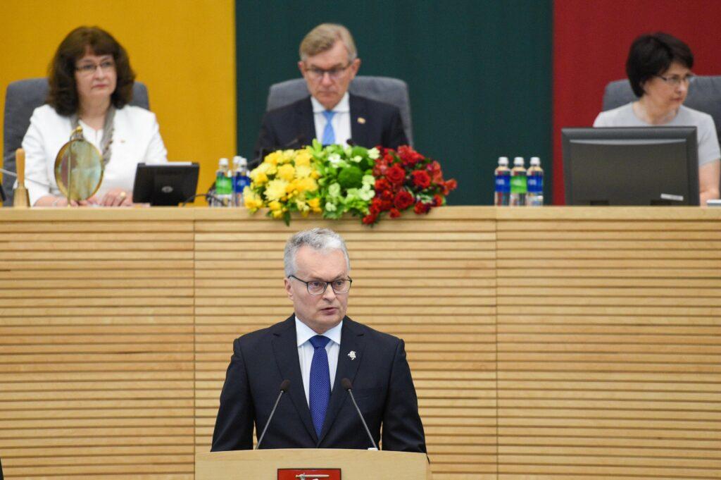 Президент Литвы выступил с ежегодным докладом, в котором признался во вмешательстве в дела Беларуси