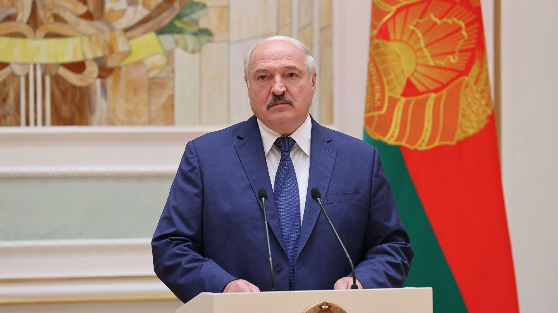"""Лукашенко охарактеризовал положение современного мира """"ёмким"""" словом"""