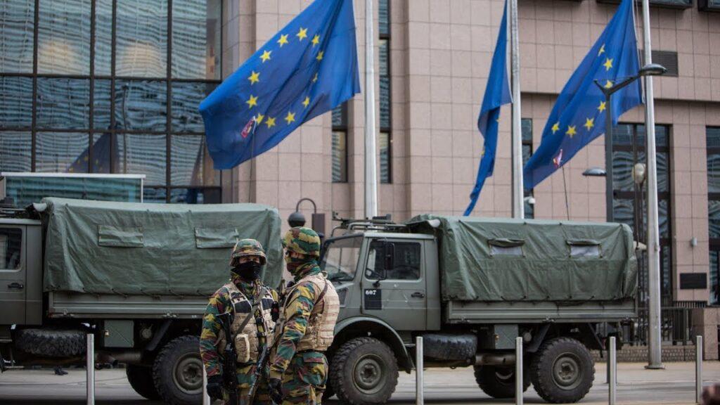 Брюссель продолжит сталкиваться с кризисами, если НАТО будет оставаться единственным архитектором безопасности Евросоюза