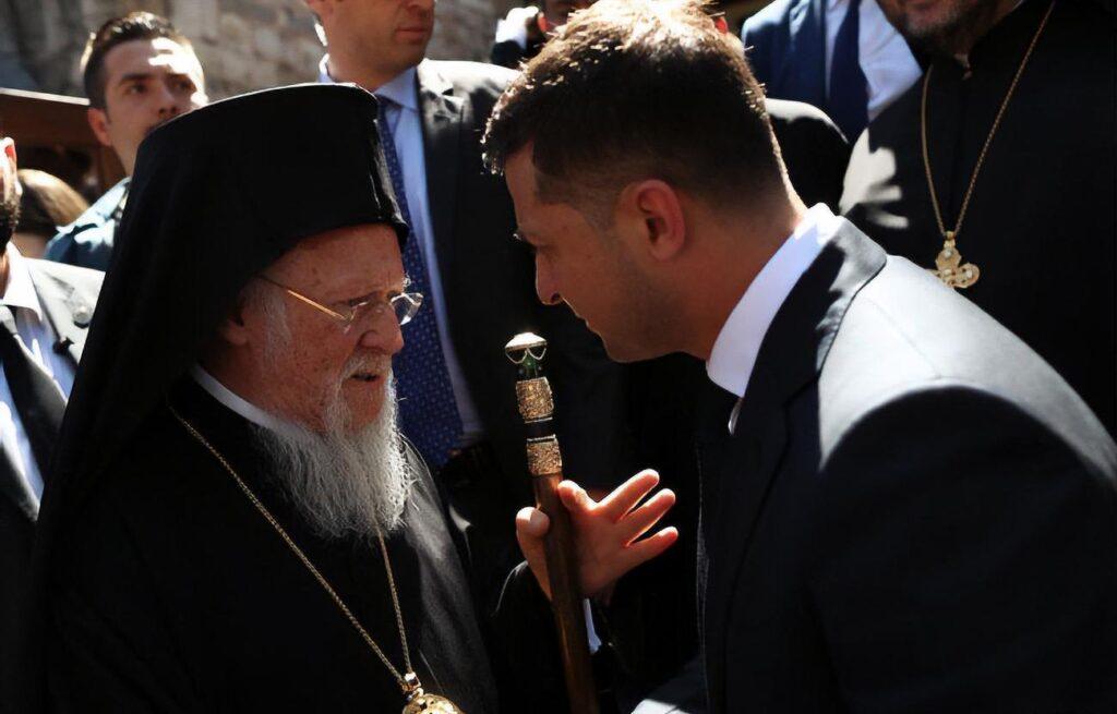 Действия патриарха Варфоломея раскалывают мировое православие и наносят удар по России