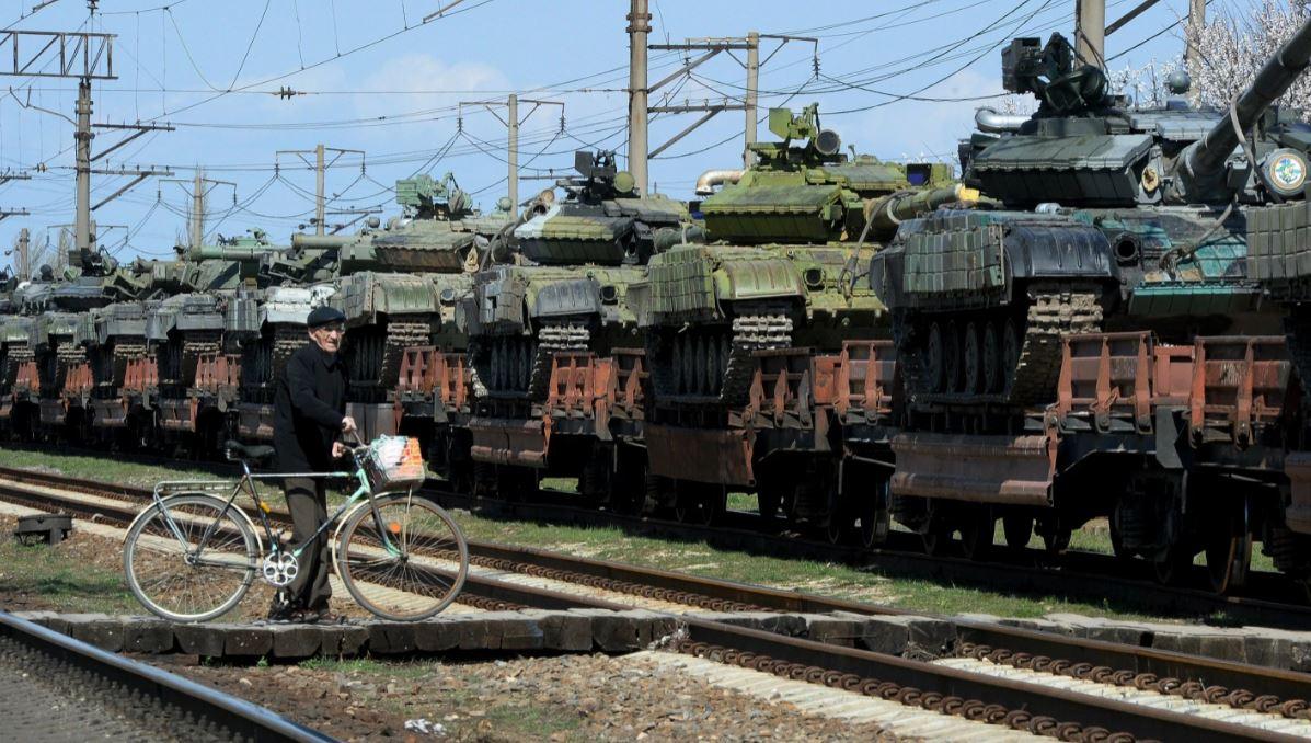 Первые воинские эшелоны РФ для подготовки к учениям прибывают в Беларусь