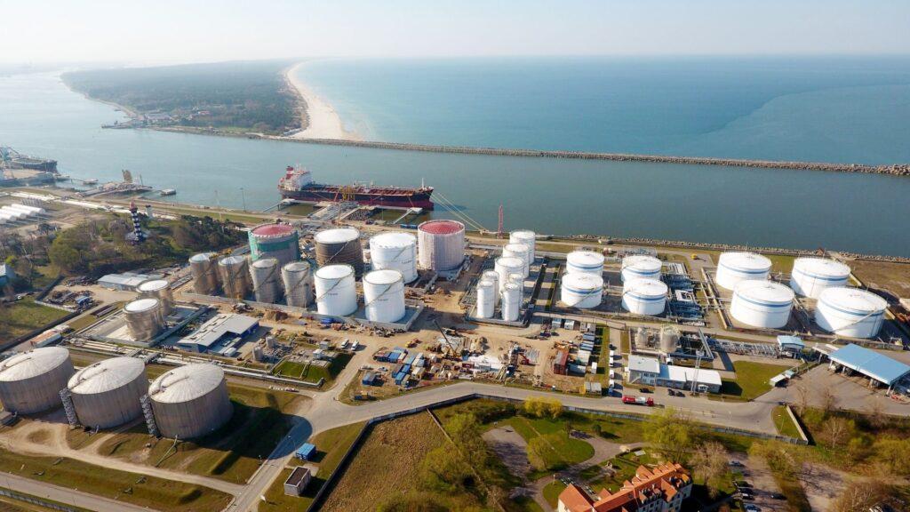 СПГ-терминал в Клайпеде не выдержал испытания погодой и восстановлением мировой экономики