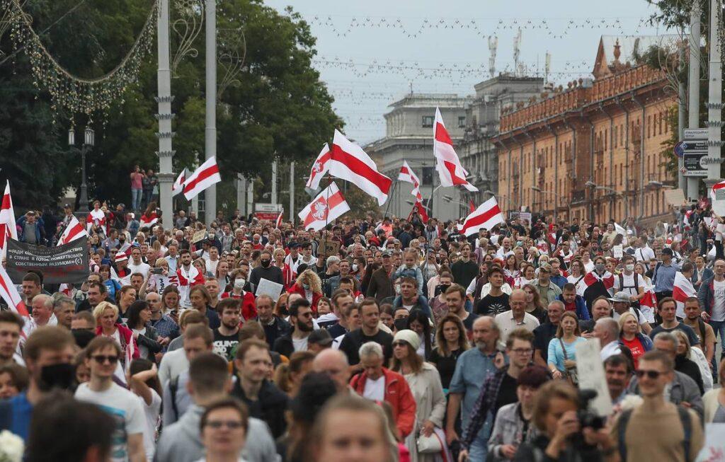 Взгляд на попытку государственного переворота в Беларуси — год спустя