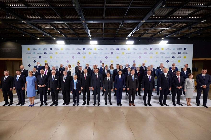 """В Украине запустили """"обратный отсчет"""" до освобождения Крыма"""