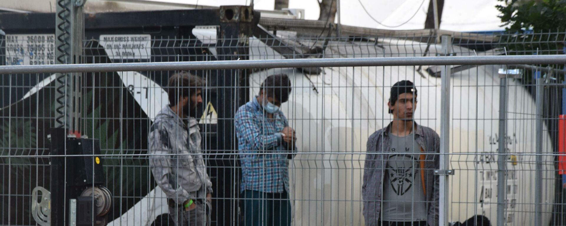Глава МВД Литвы ответила на жалобы мигрантов на условия проживания