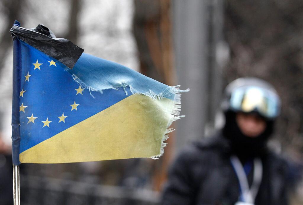 Западу не нужно сильное и обеспеченное украинское государство