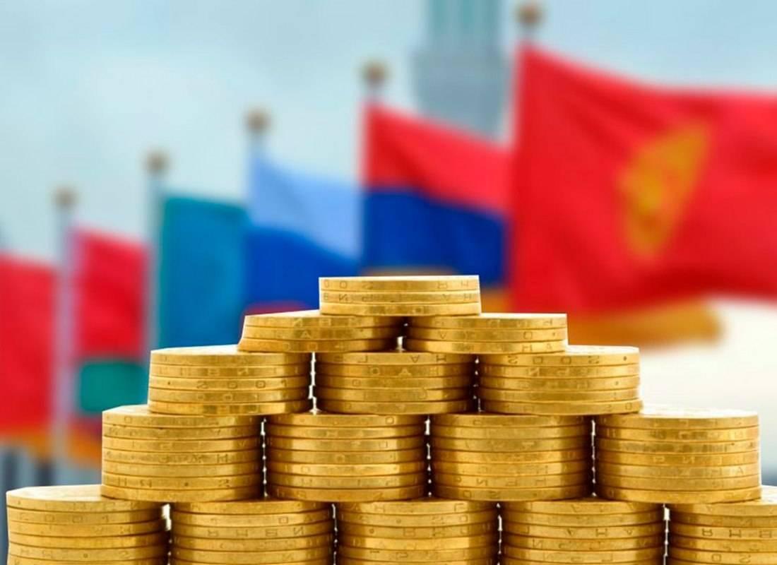 Президент: ЕАЭС необходимо переходить на использование национальных валют во взаиморасчетах