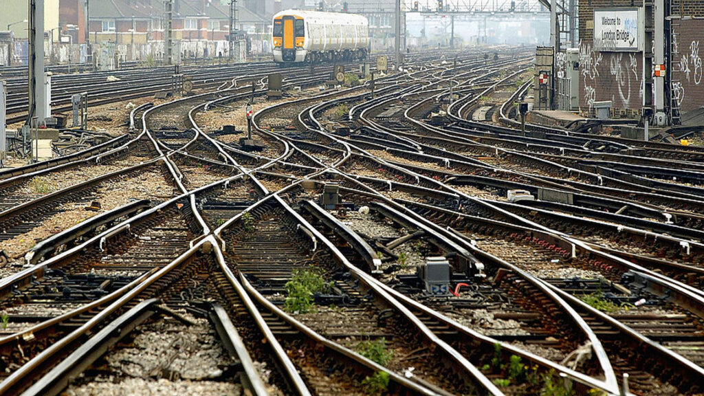 """Строительство """"Rail Baltica"""" открывает глаза на реальное отношение Брюсселя к Прибалтике"""