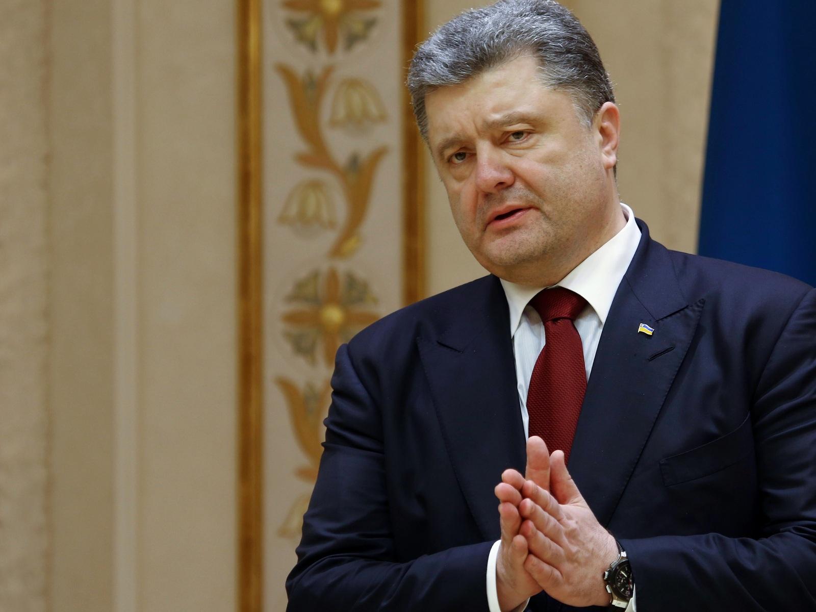 Вокруг враги: Генпрокуратура Украины возбудило дело о госизмене Порошенко и Медведчука за помощь России